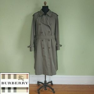 Authentic Vintage Burberrys Trench Coat